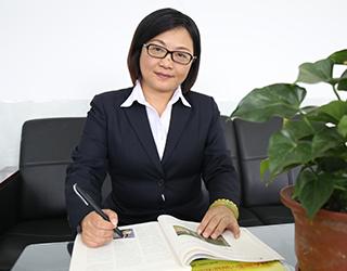 小学部校长   袁玉灵